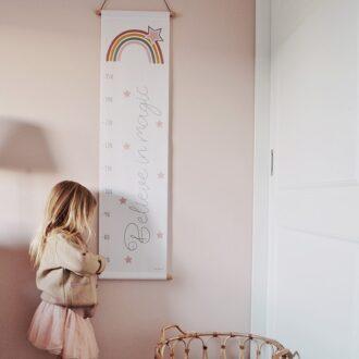 regenboog groeimeter roze meisjeskamer meetlat hiphuisje
