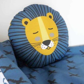 kussentje rond leeuw kinderkamer 2