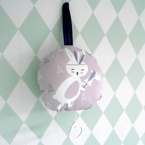 muziekdoosje roze konijntje detail hip huisje