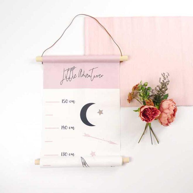 groeimeter tipi roze kinderkamer sfeer