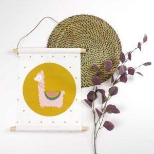 textielposter poster lama okergeel meisjeskamer hiphuisje