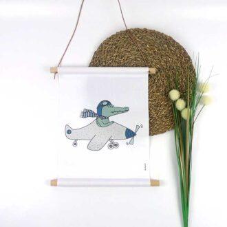 textielposter krokodil vliegtuig jongenskamer hiphuisje