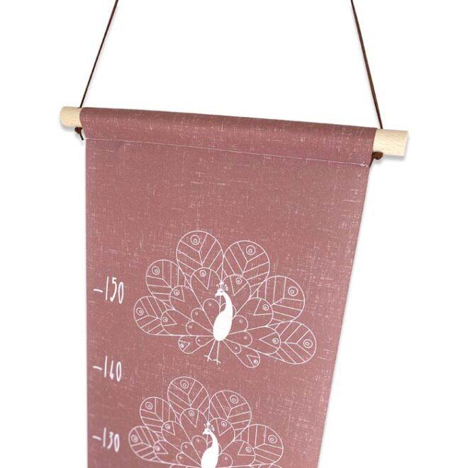 groeimeter pauw detail decoratie meisjeskamer oudroze hiphuisje