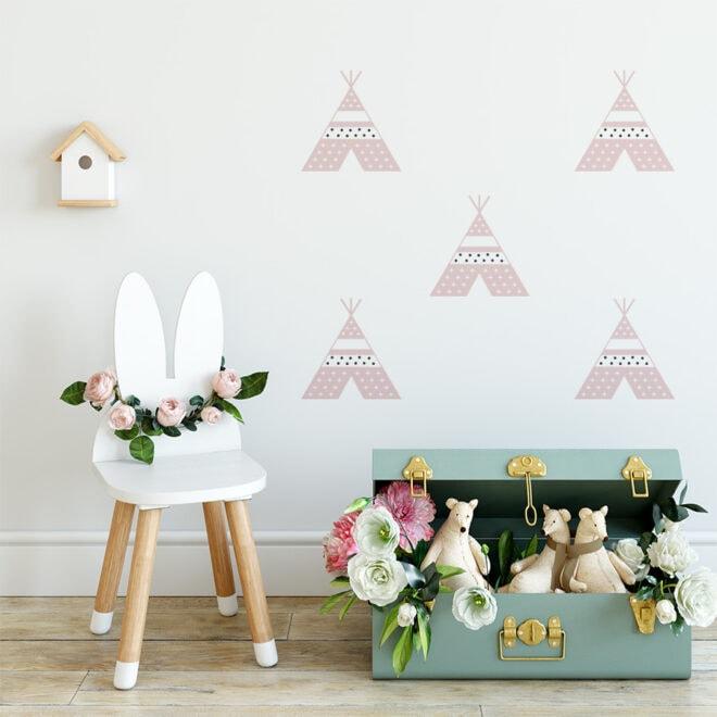 kleine muurstickers tipi roze meisjeskamer