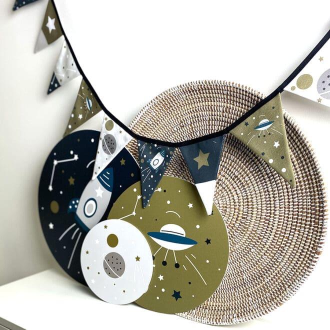 vlaggenlijn met ruimtevaart print kinderkamer